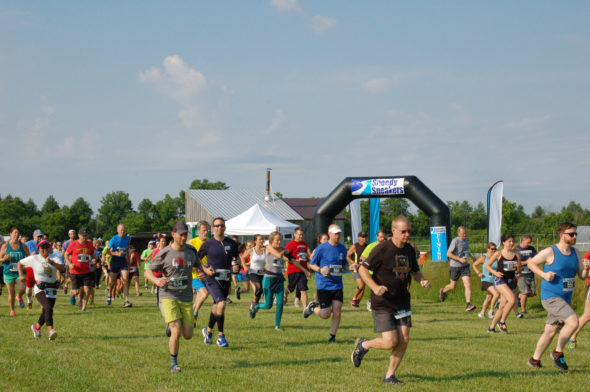 Farm Fresh 5K, 2019 picture of the race's start.
